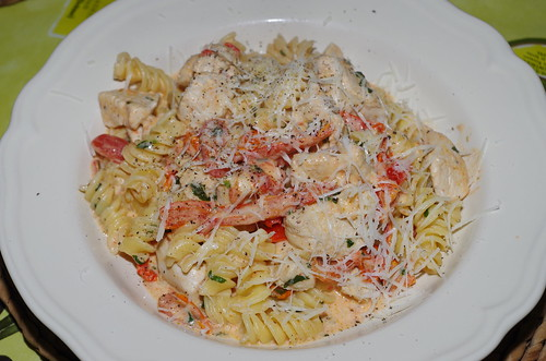 Chicken with peppers and tomatoes in a cream, rosemary and basil sauce by La belle dame sans souci