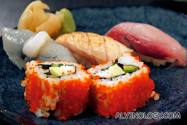 Sushi Moriawase and California Roll (S$35)
