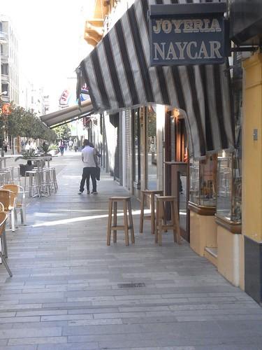 veladores calle Cruz Conde.