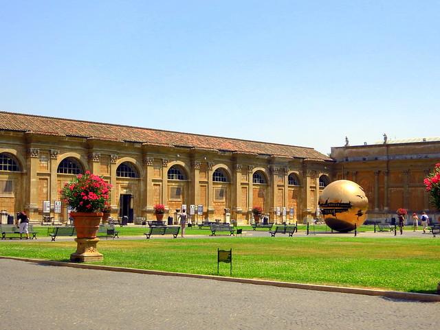 Vatican Museum-002