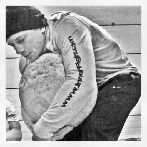 Playing with atlas stones. #strongman #strength #awkward #eurotour #smashlife #innerfight