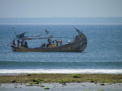 Pantai Plengkung - Perahu Nelayan