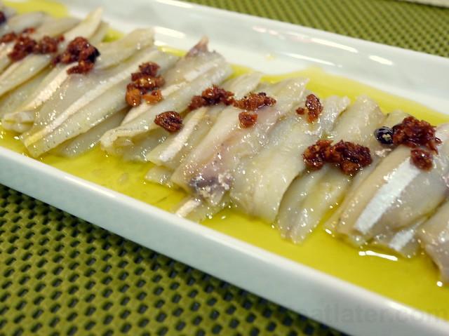 boquerones (anchovies marinated in vinegar)-001