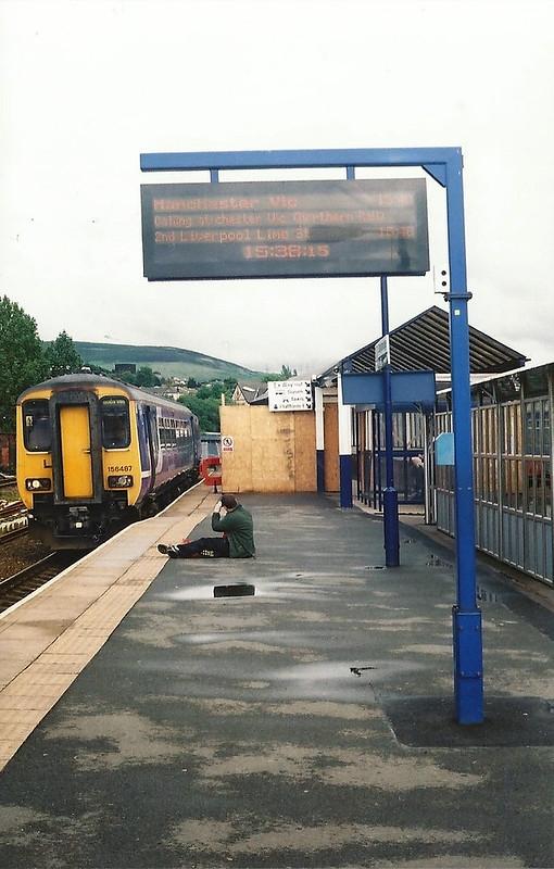 Stalybridge Station and Class 156 Super Sprinter