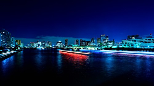 Sumida River at Night by hidesax