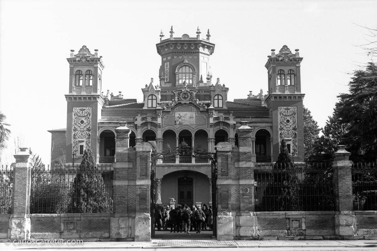 Palacio Larrinaga con Leica IIIf