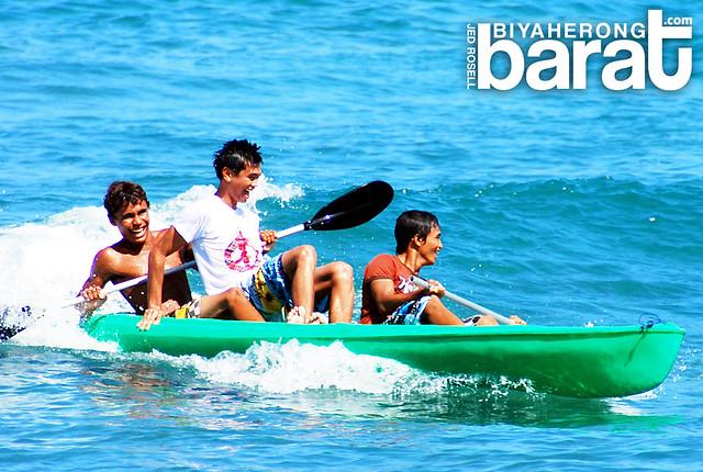 Kayaking in San Juan la Union Philippines