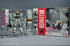 Robot Damashii Nu Gundam & Full Extension Set Review (5)