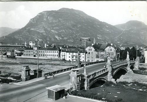 postcard - bolzano - ponte druso - le carceri - 1955