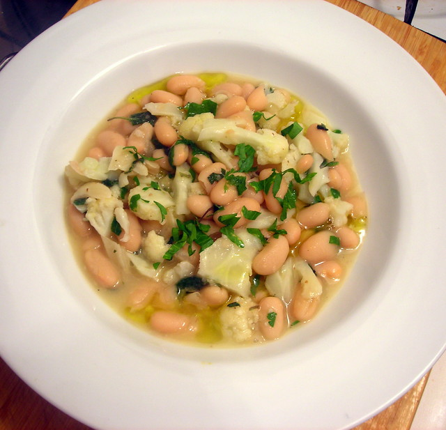 Cannellini beans, with roasted garlic, cauliflower and herbs