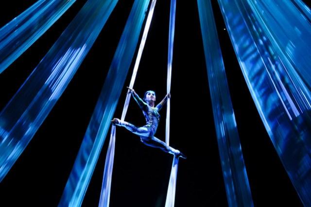Devdan a la Cirque du Soleil