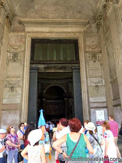 Pantheon-001