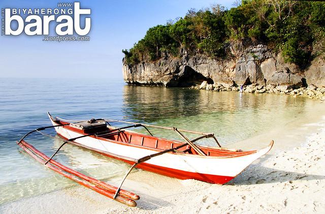 boat in puting buhangin beach pagbilao quezon kwebang lampas