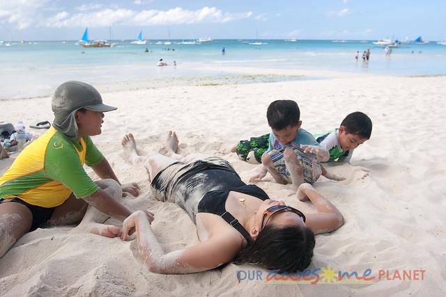 Swimming in Boracay-35.jpg