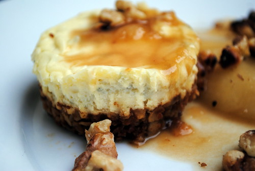 Baby Cheesecakes with Toffee Pears