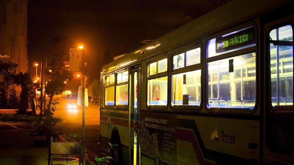 Bokeh Bus