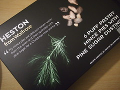 Heston for Waitrose 6 Puff Pastry Mince Pies with Pine Sugar Dusting