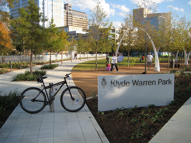 Klyde Warren Park - Dallas