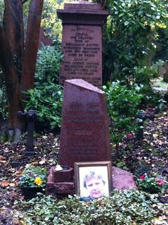 IMG_4199_AlexanderLitvinenko_radioactiveRussian_West_cemetery