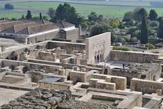 Las vistas desde la entrada norte (en alto) son inmejorables Medina Azahara, el capricho del primer califa de Al-Andalus Medina Azahara, el capricho del primer califa de Al-Andalus 8176185697 160c9c3aa1 m