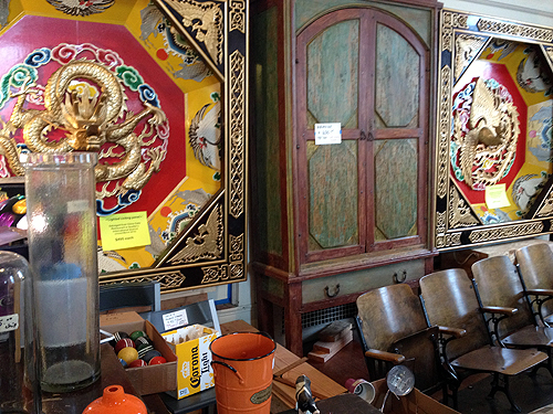 Pagodas and pews