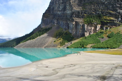 Lake Louise, Alberta, Canada by knitahedron