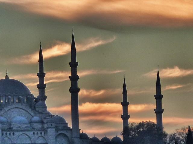 Atardecer sobre la mezquita