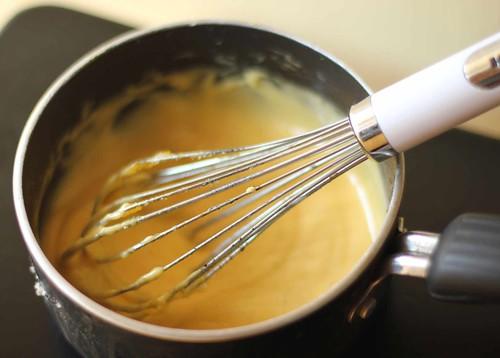 Sauce thickening