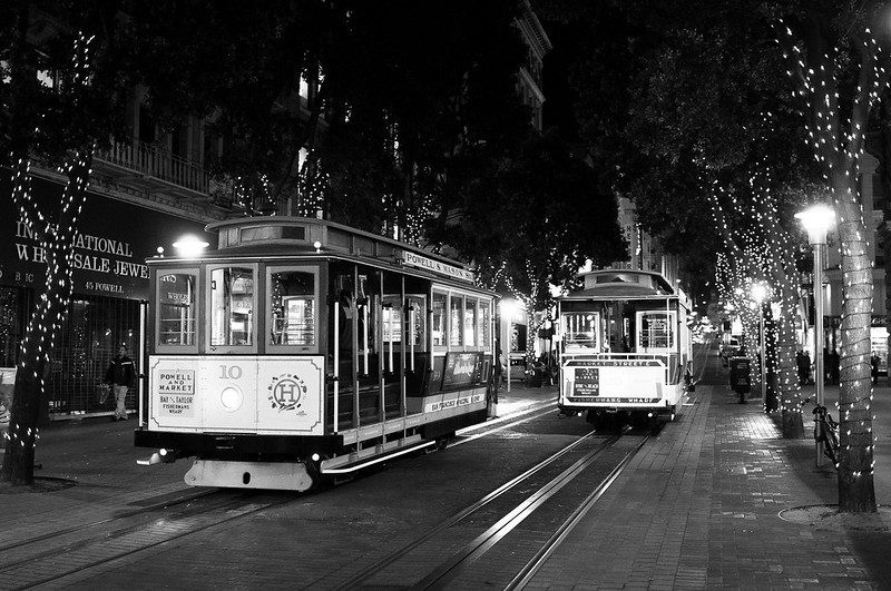 Cable car in San Francisco, shot with 24mm at 1.4 on D90