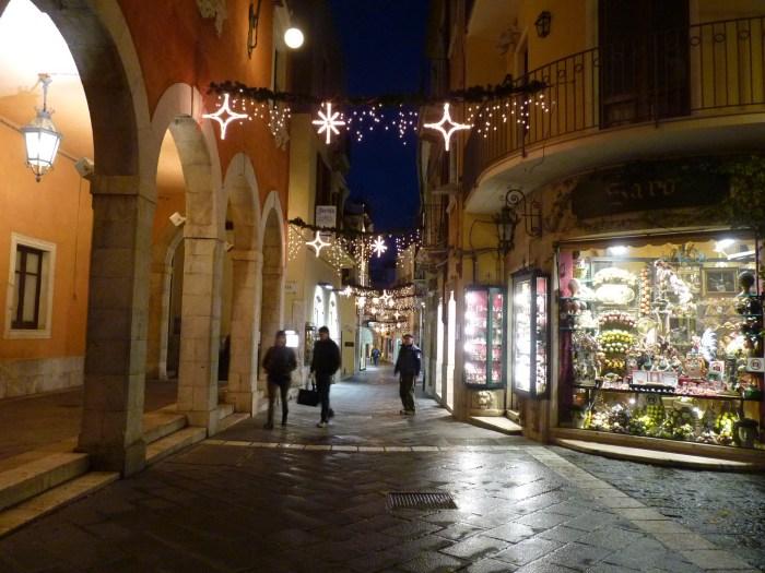 Улица Corso Umberto
