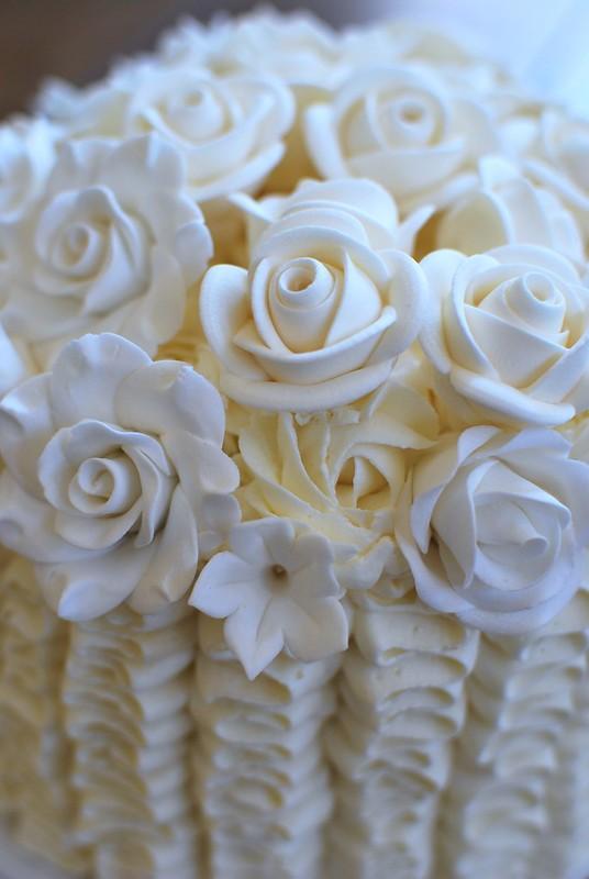 Chiffon Cupcakes w/ Lemon Curd & Swiss Meringue Buttercream