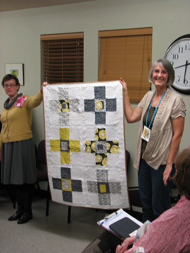 Deb's Madrona Road Challenge quilt.  Check out that quilting
