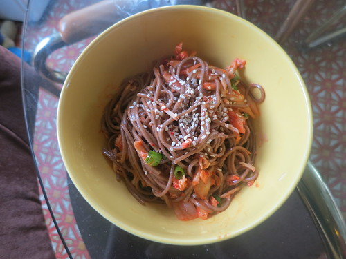 Kimchi tuna guksu