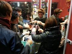 Nhà tạo mẫu tóc nổi tiếng Kuansaigon 0915804875 nhận đào tạo thợ làm tóc chuyên nghiệp tại www.korigami.vn - Hà Nội (4)
