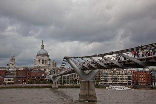 • Thames Crossing •