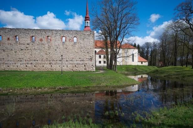Пыльтсмаа, Эстония