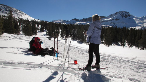 Snowshoeing to Winnemucca Lake