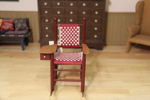 Hitty sewing rocker (New England red)