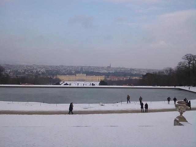 Spring is coming to Schönbrunn (27)