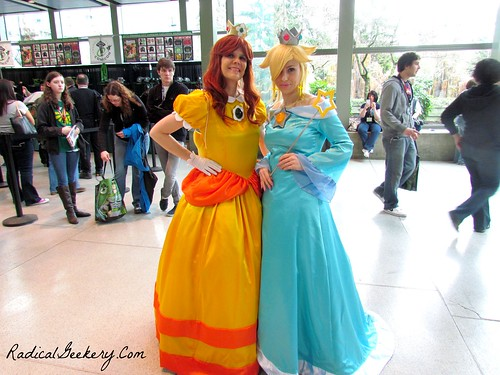 Princess Daisy and Peach.jpg