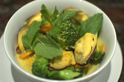 Mussel curry
