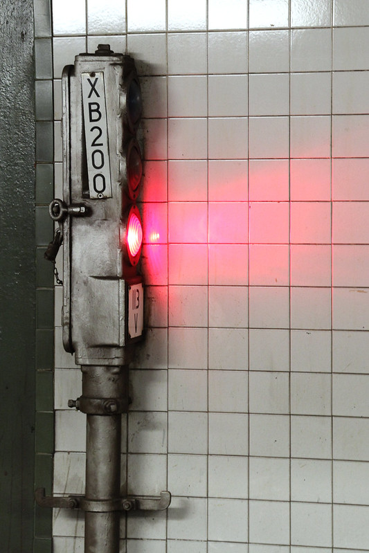 Red signal, XB200, New York City Subway