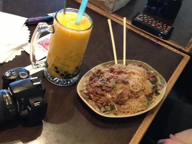 Mango-mango slush and beef noodles