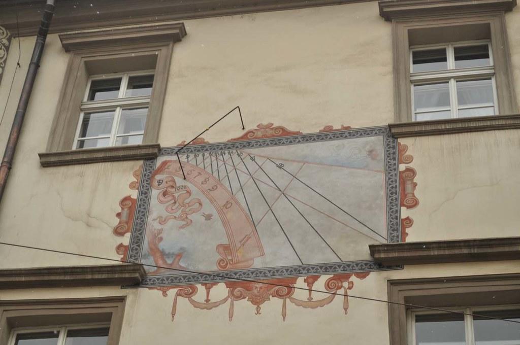 _Prague_sun_dials_2