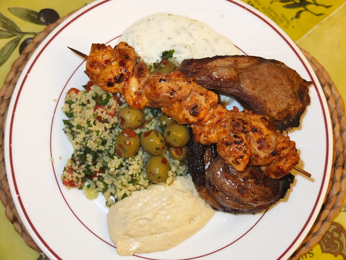 Grilled lamb cutlets and a chicken kebab by La belle dame sans souci