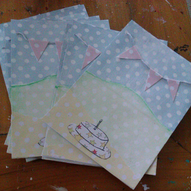 Birthday invites for Miss 5's birthday complete!