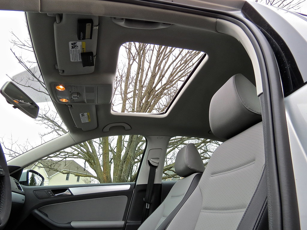 VW Jetta Hybrid Interior