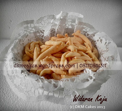DKM Cakes, toko kue online jember, pesan cupcake jember, pesan kue jember, pesan kue ulang tahun anak jember, pesan kue ulang tahun jember, pesan tart jember, DKM Cakes telp 08170801311 0331-3199763, pesan kue nampan jember, pesan widaran jember, resep widaran keju