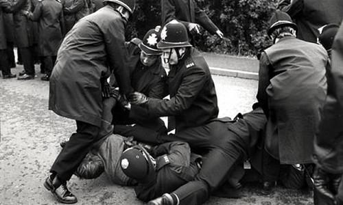 arresting police 3