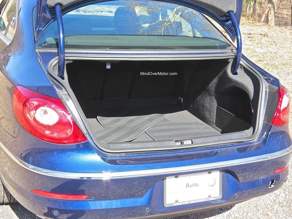 Volkswagen CC Trunk